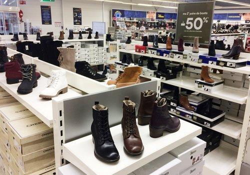 La Halle Chaussures & Maro. St-Parres